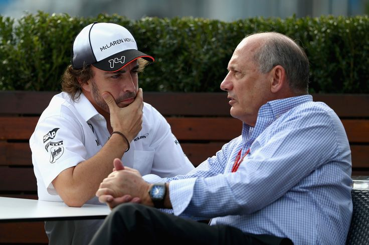 Fernando Alonso Photos - Fernando Alonso of Spain and McLaren Honda talks with Chairman and Chief Executive Officer of McLaren Group Ron Dennis in the Paddock during previews to the Australian Formula One Grand Prix at Albert Park on March 17, 2016 in Melbourne, Australia. - Australian F1 Grand Prix - Previews