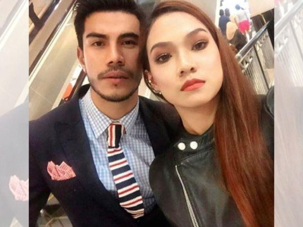 """Azrel Ismail akui sayang Ruhainies   Azrel Ismail mengakui pernah meluahkan perasaan sayang kepada aktres Ruhainies. Menurut Azrel ucapan istimewa itu hanyalah sebagai tanda persahabatan mereka yang telah lama terjalin. """"Sejujurnya saya memang menyayangi Ruhainies tapi kalau orang kata sayang kerana kami bercinta itu salah sama sekali. """"Ungkapan tersebut hanyalah sebagai tanda sayang saya kepada seorang sahabat sama seperti saya menyayangi teman-teman yang lain. """"Bagaimanapun tentang soal…"""