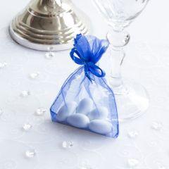 5 klassische Hochzeitsmandeln mit Organzasäckchen blau
