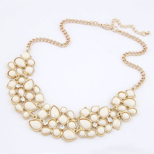 $2.59-3.24// Statement necklace// Delivery: 2-4 weeks