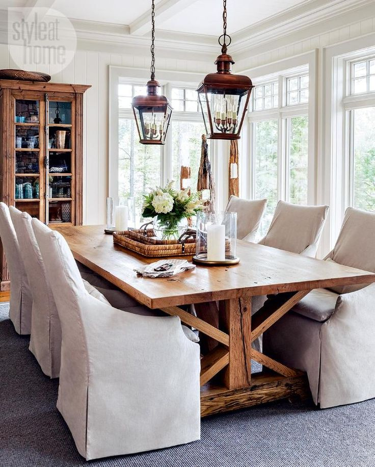 Plenty of windows and natural light in this inviting dining room. #diningrooms homechanneltv.com