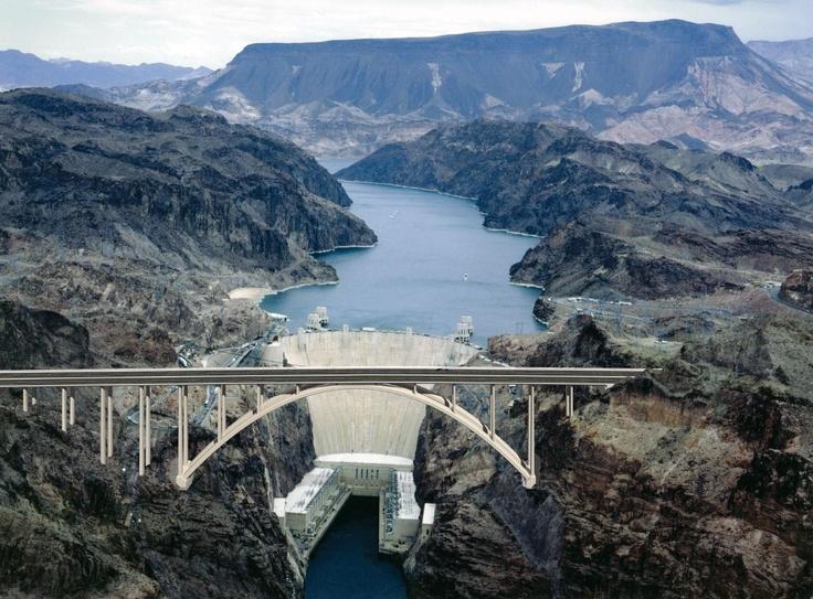 Hoover Dam, confine tra Arizona e Nevada