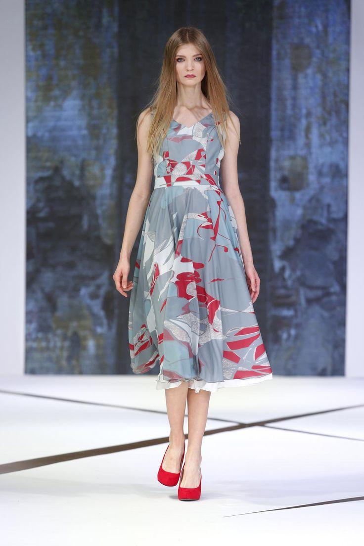 #Magdalena Popiel #New LOOK Design Refresh #sukienka #print #pokaz mody