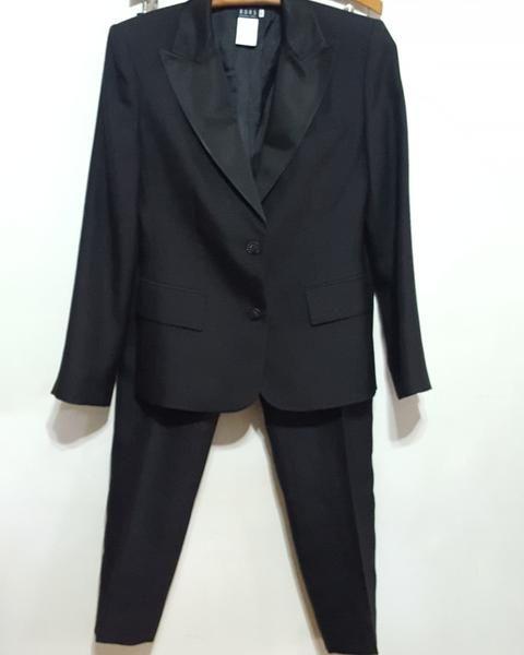 Kors Micheal Kors Tuxedo Stripe Pant Suit sz. 6