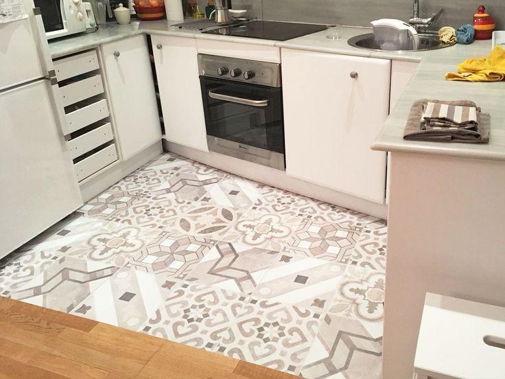 Cocina con vinilo para suelos de diseños Lokoloko #lokolokodecora