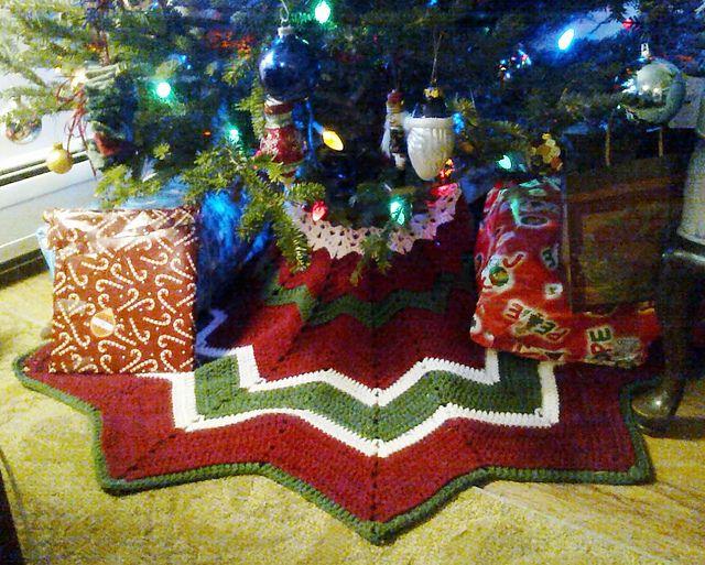 round ripple tree skirt free pattern by donna masonsvara aka smoothfox can - Christmas Trees Clearance