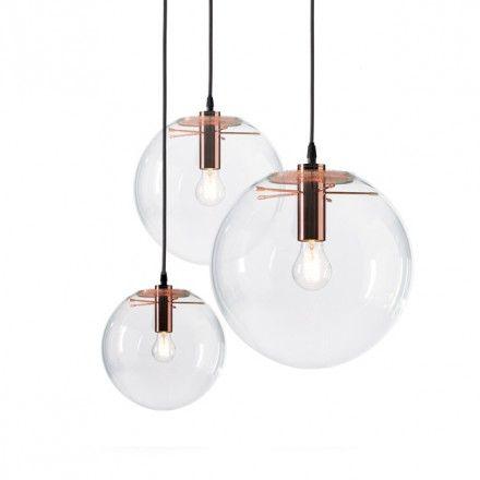 Selene Copper transpararante glazen bol met een glimmend koperen armatuur plus helder peertje. Doorsnee 25-45 cm
