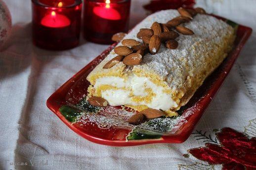 Seg saffransmaräng och fluffig vit chokladgrädde, kan det bli bättre?Jag är sjukt nöjd med resultatet och kan lova att den förgyller både adventsfikat och julbordet. Jag började fundera på den hä…