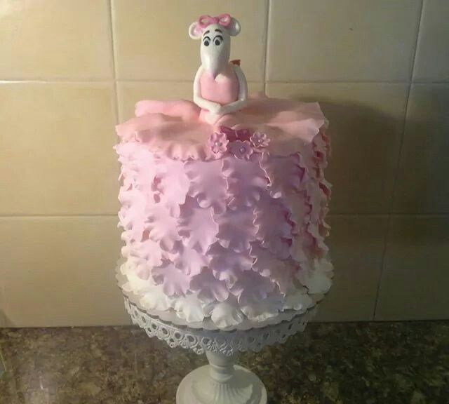 A variation on Angelina ballerina cake
