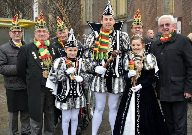 Peter, Esmée en Jens regeren 44ste Heksenrijk.