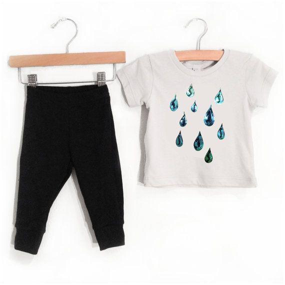 Sale, Iridescent Baby Raindrops Outfit, grey short sleeve shirt black pants, spring summer rain drop design, infant toddler children t-shirt on Etsy, US$24.00