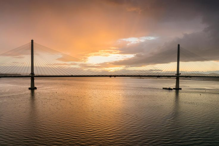10 top Forth bridges viewpoints https://www.visitscotland.com/blog/attractions/forth-bridges-view-points/?utm_content=buffer3c9a3&utm_medium=social&utm_source=pinterest.com&utm_campaign=buffer