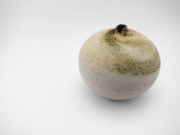 Desert Sandstorm: Whispering Globe - Ildikó Károlyi #ceramics #design