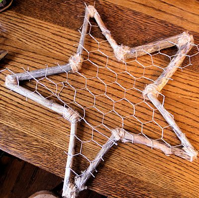 Rustic star tree topper - made with twigs and chicken wire - tutorial