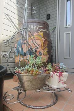 鉄筋の花置き | さわやか信州の庭 toledo