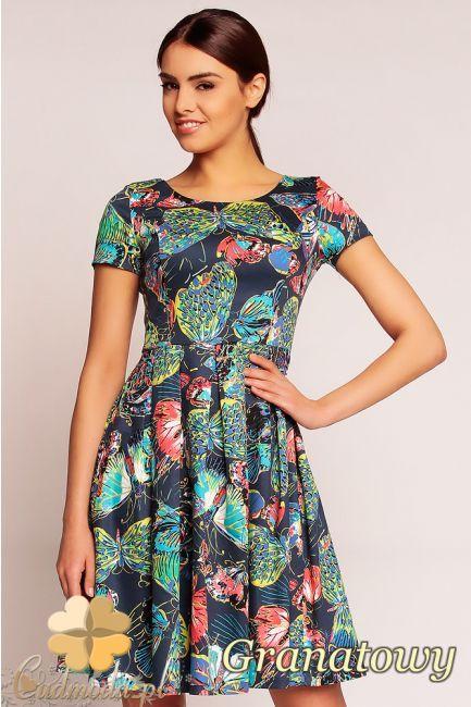 Dopasowana sukienka w motyle wyprodukowana przez Karen Styl.  #cudmoda #moda #styl #ubrania #odzież #sukienki #clothes #dresses