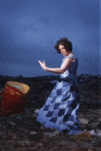 Remake - clothing, accessories from recycled materials, clothing repair (Image: Farkkis 2008, Kuvaaja: Tuula Heikkinen)