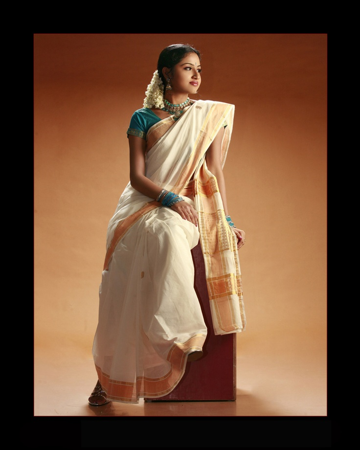 Agatha in a traditional Kerala saree.
