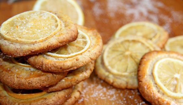 Cookie de laranja da terra com açúcar  mascavo! - Cláudia Tenório, cliente de sucesso da Blank Agência Criativa.