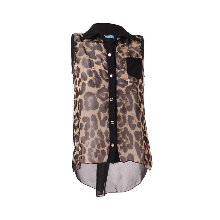Blusa Animal Print, Tienda C, $16.990. Blusa de gasa estampado animal print. Te recomiendo usarla con un peto negro debajo de la blusa combinándola para el día con un short n...