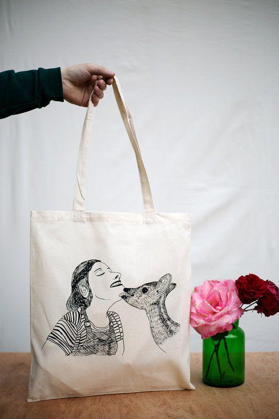 Chouette sac totebag, sérigraphié à la main dans notre atelier en Belgique. Le dessin est un original, fait par Nicolas avec beaucoup damour.