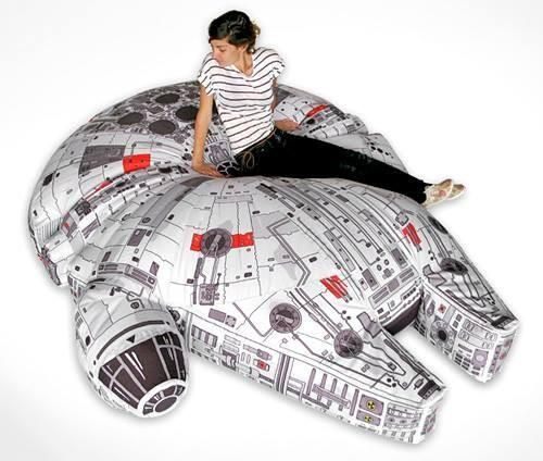 Millenium Falcon bean bag http://alteregocomics.com/ #starwars