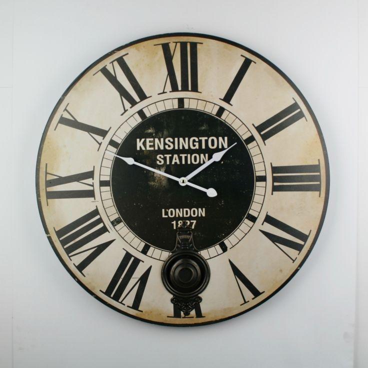 Nástěnné hodiny s kyvadlem