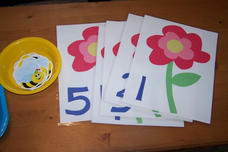 Counting Bees: Place correct number of bumble bees on each flower sheet.