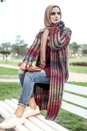 maroon knit cardigan winter hijab, 27dresses winter collection 2016 http://www.justtrendygirls.com/27dresses-winter-collection-2016/