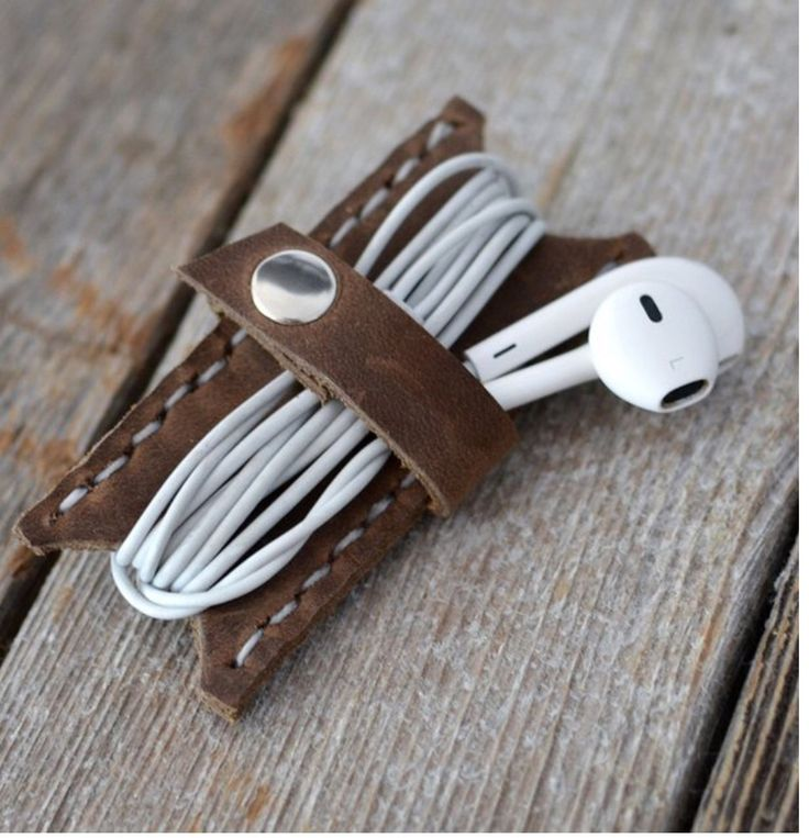 (leather earbud keeper) stockandbarrel.com