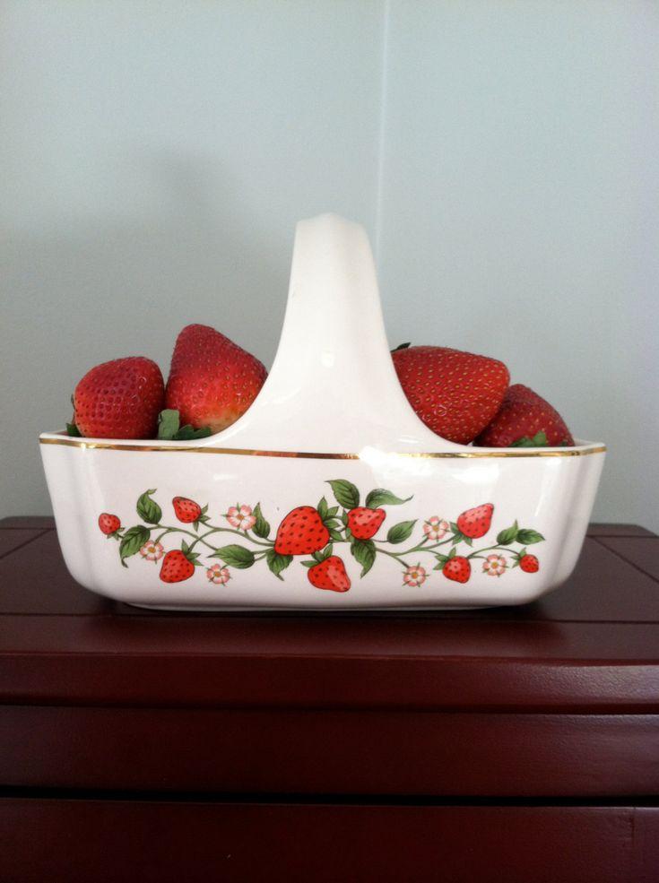 Vintage Teleflora ceramic strawberry serving basket. $13.00, via Etsy.