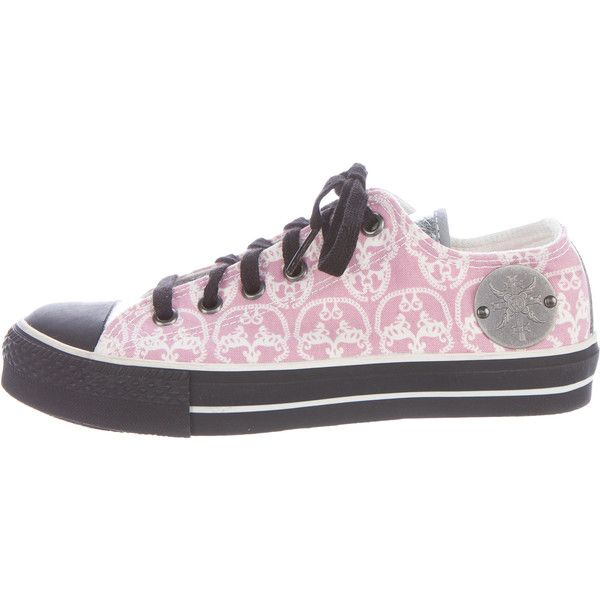Pre-owned Thomas Wylde Skull Canvas Sneakers ($85) ❤ liked on Polyvore featuring shoes, sneakers, pink, leather shoes, skull sneakers, pink shoes, low top and pink leather shoes