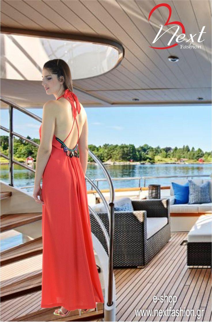 <3 <3 Φόρεμα Μάξι με Ανοιχτή Πλάτη και Κέντημα με Χάντρες!! <3 <3  Βρείτε το ΕΔΩ: http://next-fashion.gr/-foremata-/479--forema-bsb-maxi-anixti-plati-kentima-xantres-.html