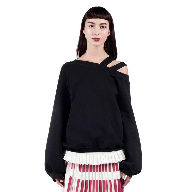 sonia-sweatshirt-front