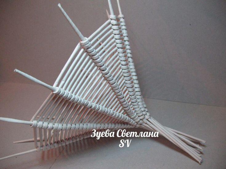 МК плетения ажурной вазочки спиральным плетением одной трубочкой