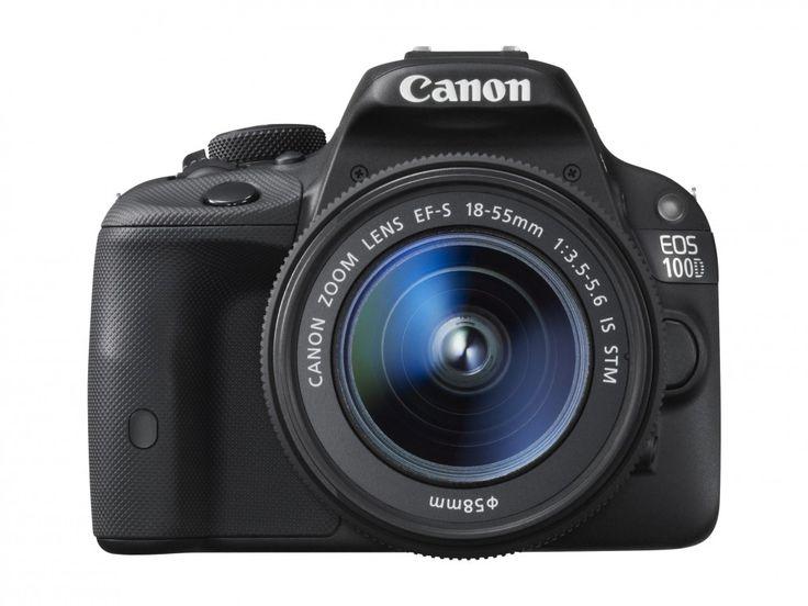 #Canon EOS 100D Vorderansicht. Diese Kamera überzeugt vor allem durch ihr schlankes Design. Für Reisende ist diese Spiegelreflexkamera auf Grund ihres geringen Gewichts besonders gut geeignet. Fotos fürs Leben hat euch eine Übersicht von #Spiegelreflexkameras zusammengestellt, die ihr beim Kauf beachten solltet: http://www.fotos-fuers-leben.ch/fototechnik/kameratechnik/kaufberatung-digitale-spiegelreflexkamera/