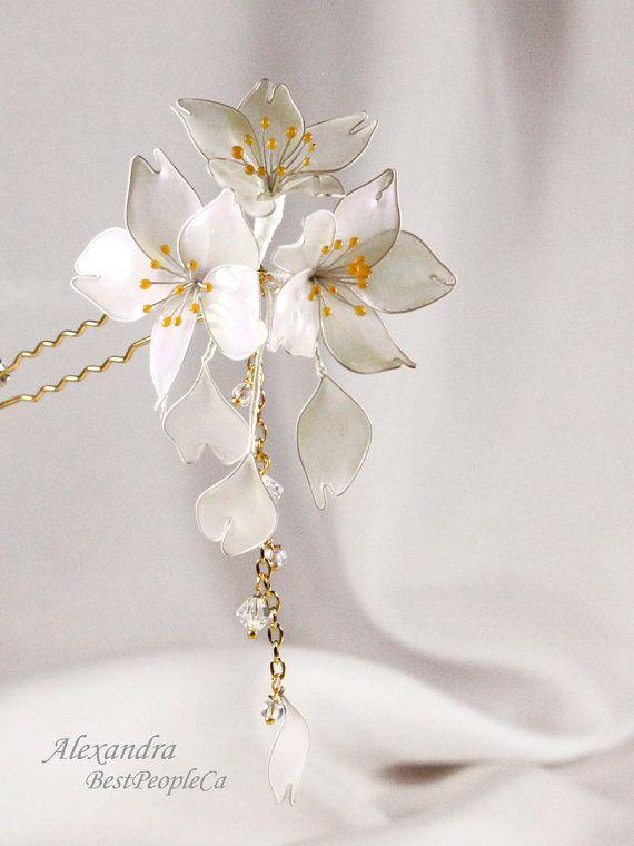 Japanese Tsunami Kanzashi Resin Flowers Hair Stick by BestPeopleCa
