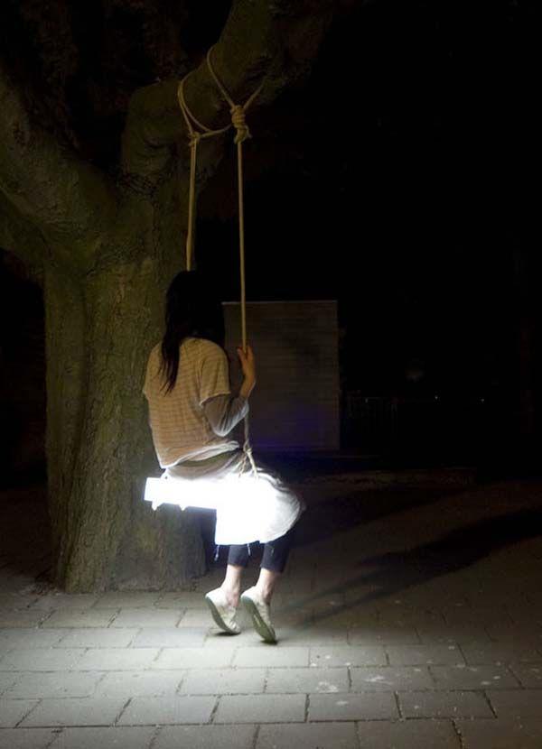 Swing Lamp.