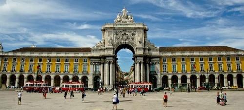 Qué Ver en Lisboa. Lugares, museos y monumentos que visitar en Lisboa - por Flavio @lisboando | Foto: Praça do Comércio Lisboa #Portugal