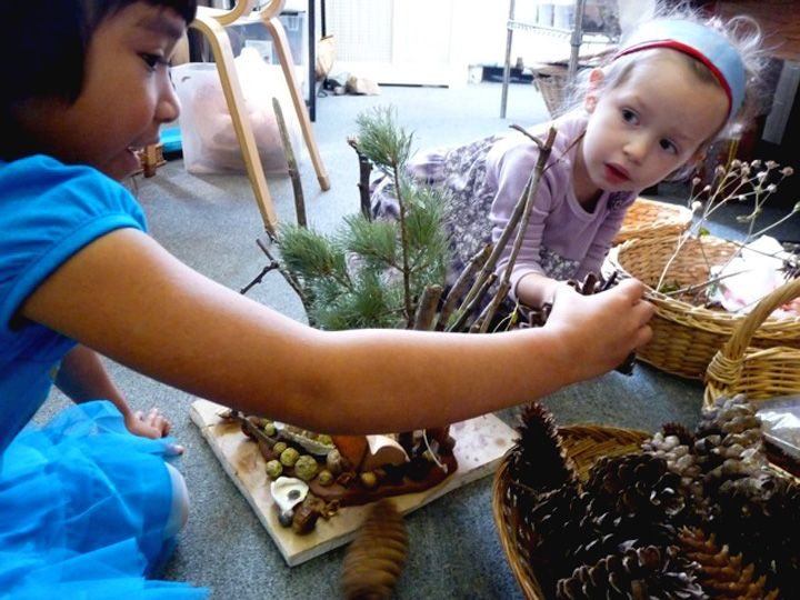 Building Fairy Themed Houses using natural materials