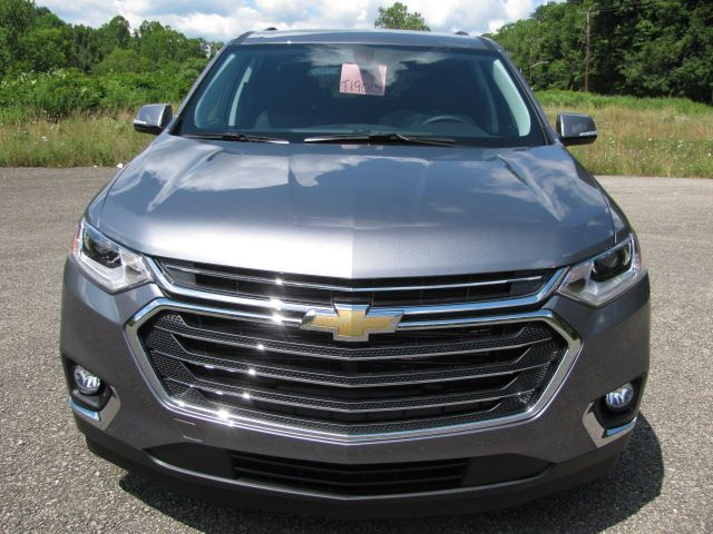 pin by riverview chevrolet on 2019 chevrolet traverse satin steel metallic chevrolet traverse chevrolet suv pinterest