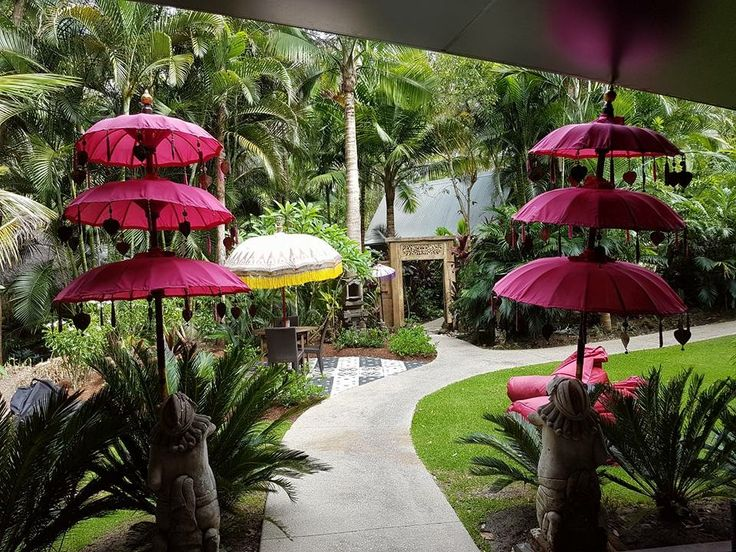 Balinese gardens at ikatan Spa Noosa are for clients relaxation, eating and drinking.  http://ikatanspa.com/