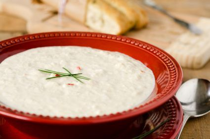Creamy cauliflower soup: 129 calories, 9 g protein, 4 g fiber per serving
