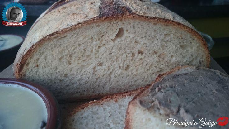 Blondynka Gotuje: Chleb z Garnka Żeliwnego - Łatwy i Długo Świeży