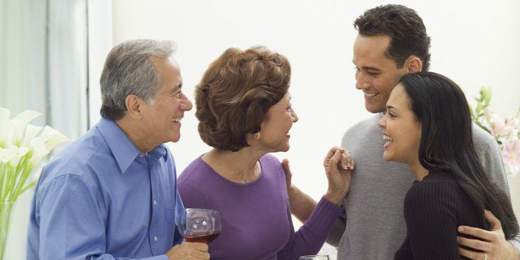 Практически каждая представительница прекрасного пола, надев на безымянный палец обручальное кольцо, вынуждена общаться не только с новоиспеченным мужем, но и со всеми его родственниками. Безусловн…