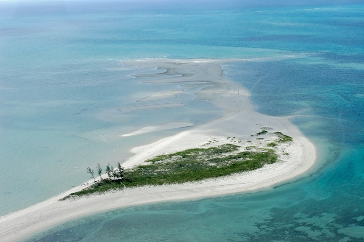 Island hopping is a popular pastime in #Mozambique.