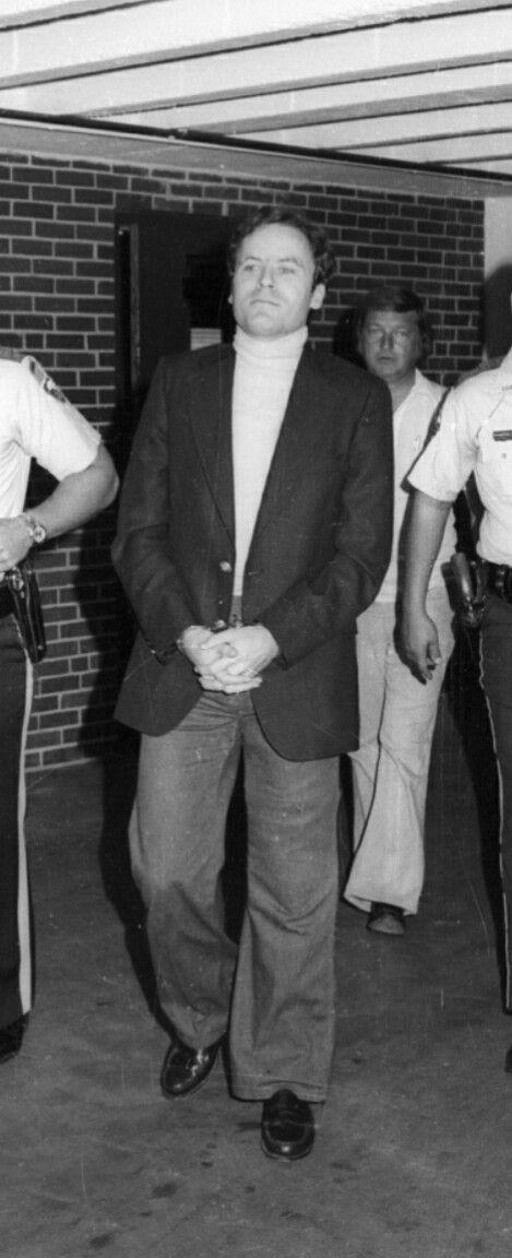 best ted bundy patreon com jenapherb images on  ted bundy theodore robert cowell serial killer 30 24 1946