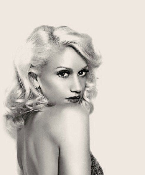 Gwen!  I will always be one of her biggest fans!!! Her tragic kingdom album from the 90's is classic! plus, she has such original and gorgeous style**