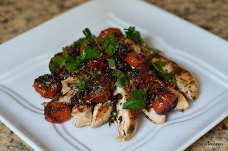 Curves Complete Chicken with Roasted Tomatoes and Herbs