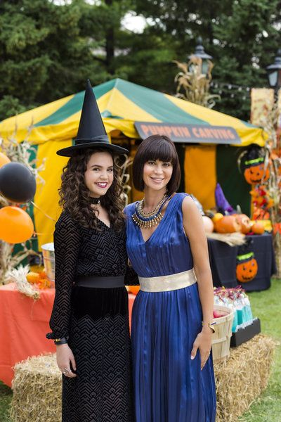 """Fans of the """"Good Witch"""" franchise on Hallmark Channel recently had the opportunity to view a sneak peek of the upcoming season--and enjoy a taste of the holida"""